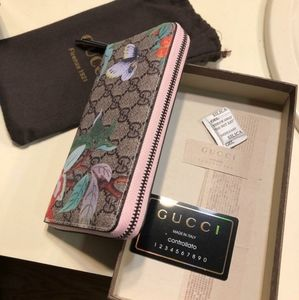 Gucci Bags - Gucci Wallet (brand new)